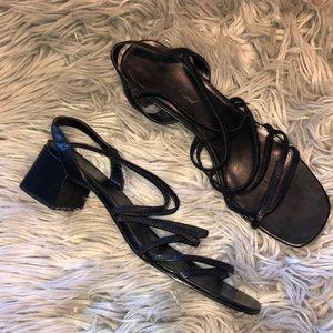 Vtg 90s Black strappy Black heel sandals 11